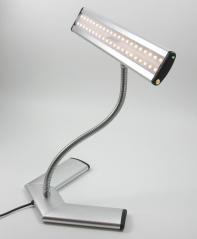 8,4 watts de potência -42 LED's SMD